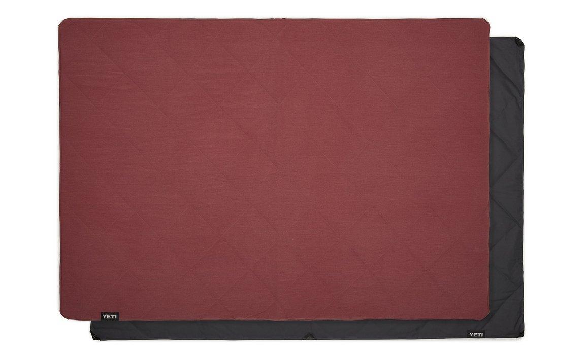 180567-Lowlands-Blanket-Website-Assets-Studio-Lowlands-Red-Full-Laid-Out-on-Blanket-Back-1680x1024-1586233160620