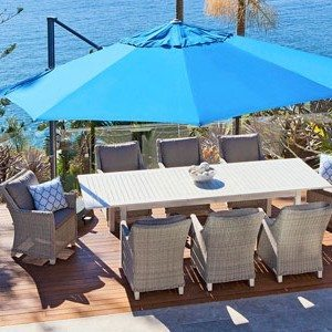 Shelta Savannah 3.5m Octagonal Cantilever Umbrella