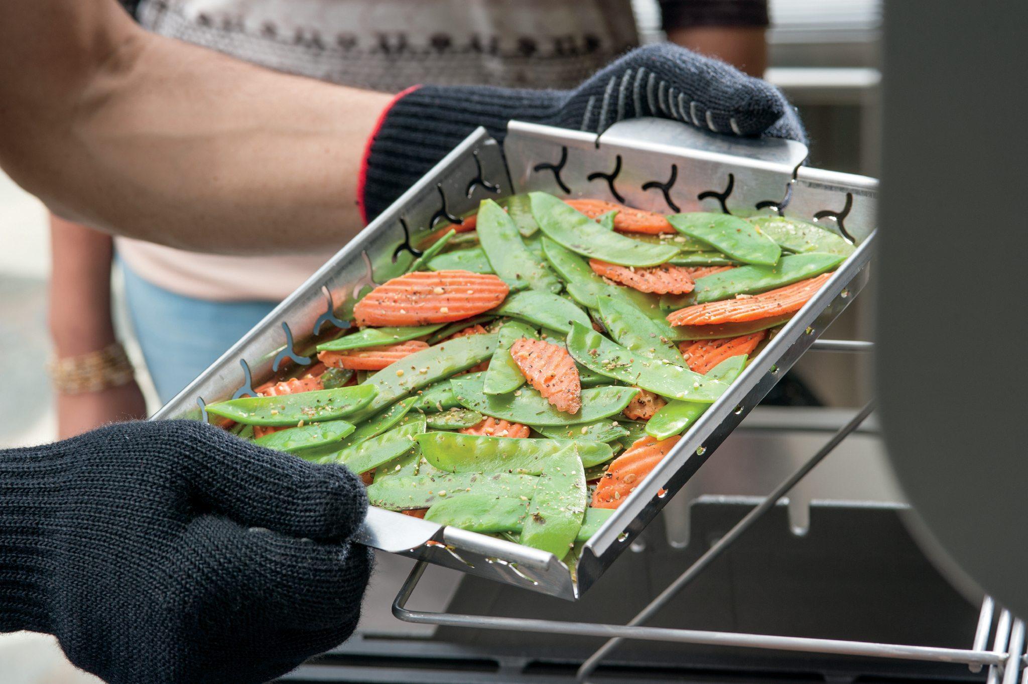 Weber® Elevations Vegetable Grilling Basket