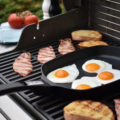 Weber® Ware Frying Pan with Detachable Handle