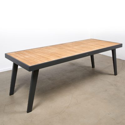 Shelta Lennox Dining Table