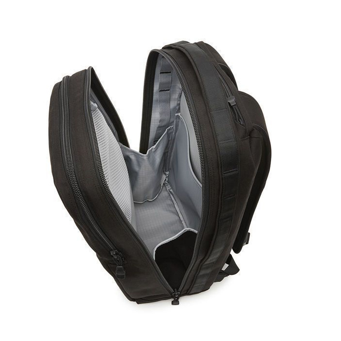 yeti-toyaco-backpack-26-open3
