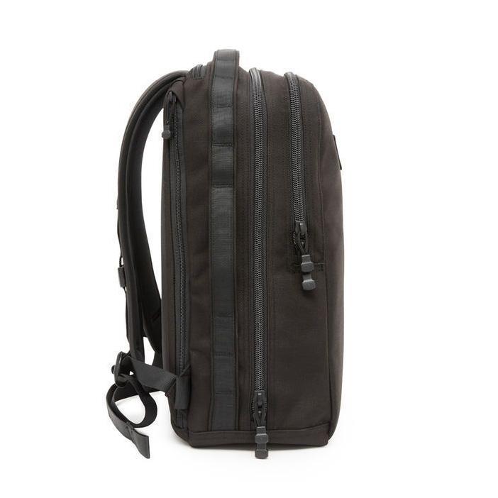yeti-toyaco-backpack-26-side