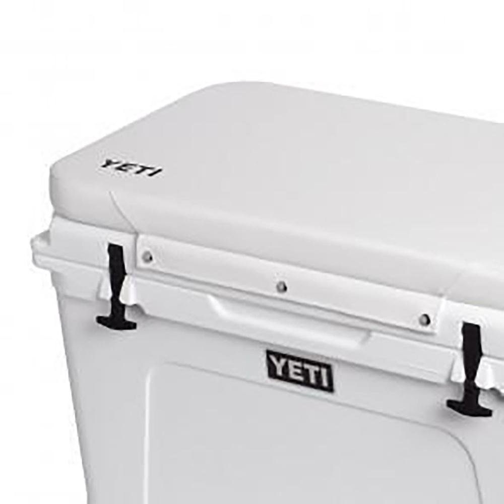yeti-white-cushion-1107x1107.1488897199_grande_67e9726e-8d57-456b-b7ed-ee5067c4b482_large